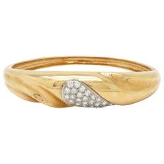 Estate 14 Karat Yellow Gold Round Diamond Bangle Fashion Bracelet