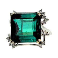 14.07 Carat Tourmaline and Diamond White Gold Ring