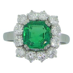1.51 Carat Colombian Emerald Diamond and Platinum Cluster Ring with Certificate