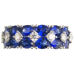 3.64 Carat Blue Sapphire and 0.52 Carat Diamond Fashion Ring in 18 Karat Gold
