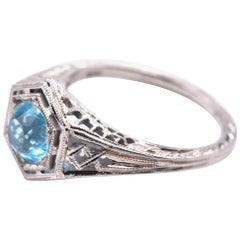 18 Karat White Gold Blue Zircon Vintage Ring