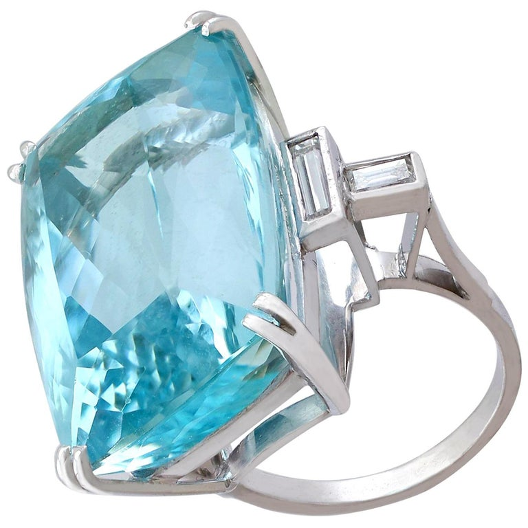 1970s 45.09 carat Aquamarine and Diamond White Gold Cocktail Ring For Sale