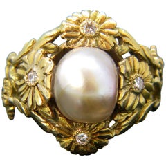 Art Nouveau Natural Saltwater Pearl Diamonds Daisy Yellow Gold Ring