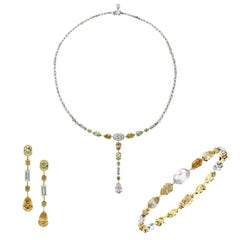 De Beers Diamond 18 Karat White Yellow Gold Necklace Earring Bracelet Suite