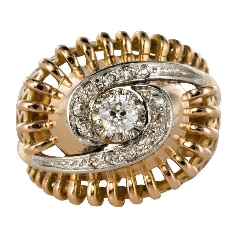 1960s Diamond 18 Karat Yellow Gold Retro Swirl Ring For Sale