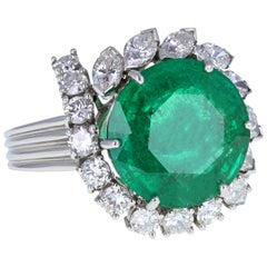 Vintage 1950s Round Colombian Emerald Diamond Cluster Cocktail Ring