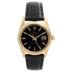 Rolex Date Men's 14 Karat Yellow Gold Watch on a Strap 15037