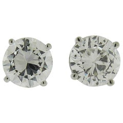 GIA Certified 2.59 Carat Diamond and 18 Karat White Gold Stud Earrings