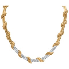 Necklace with 3.25 Carats Total Weight Fine Round Diamonds