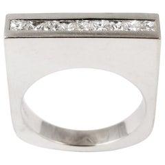 Unbroken, Diamond 18 Karat White Gold Classic Contemporary Ring