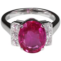 Gubelin Certified Natural Burma/Myanmar Oval Pink Sapphire 4.49ct & Diamond Ring