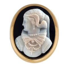 Antique Maria Stuart Sardonyx Cameo Demi Parure Brooch Earrings