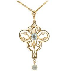 Art Nouveau Aquamarine and Pearl Lavaliere Pendant Necklace 15 Karat Gold