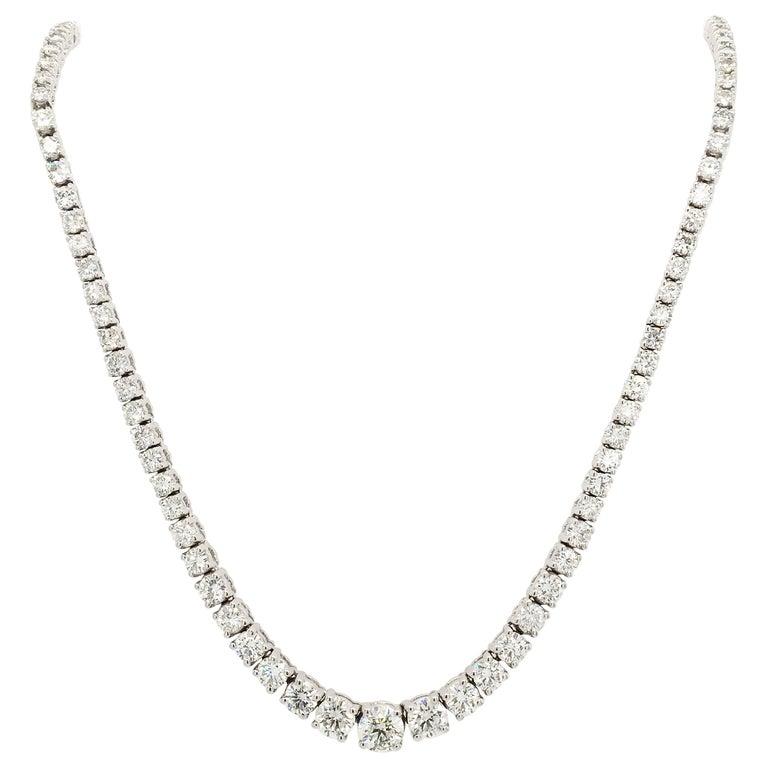 Diamond Necklace and Diamond Bracelet Suite 205 Round Diamonds 13.05 Carat For Sale
