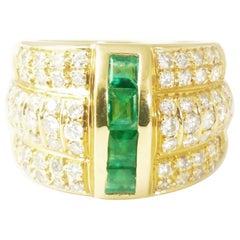 Ireland Sun, Emerald Diamond 18 Karat Yellow Gold Contemporary Ring