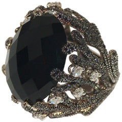 Paolo Piovan White and Black Diamonds, Onyx Ring in white gold black rhodium