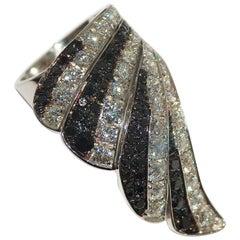 Paolo Piovan Black Diamond 18 Karat White Gold Cocktail Ring