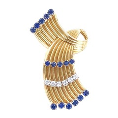 Cartier Vintage Diamond Blue Sapphire Ribbon 18 Karat Yellow Gold Pin Brooch