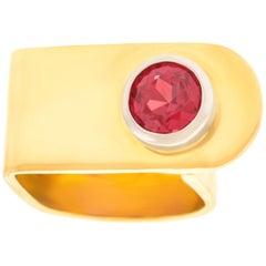 Gubelin Modernist Gold Ring