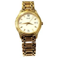 18 Karat Yellow Gold Mid Size Piaget Dancer Watch with Quartz Movement