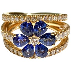 Crivelli Diamond and Sapphire Ring Flower Shape