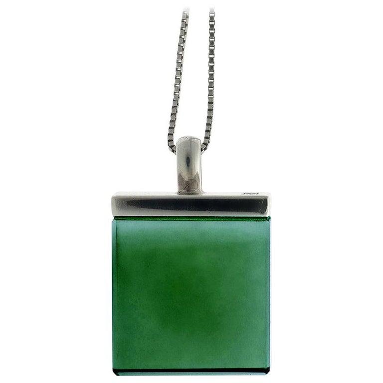 Feat in Vogue UA Designer Necklace with Emerald Color Green Quartz For Sale