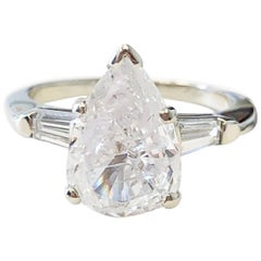 White Diamond Pear Shape Engagement Ring in 14 Karat White Gold