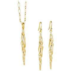 18 Karat Hand Carved Solid Gold Earrings and Pendant Suite