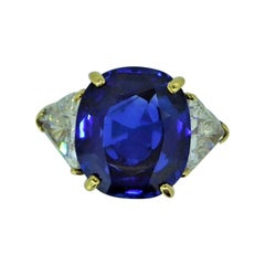 9.17 Carat Unheated Ceylon Blue Sapphire and Trilliant Diamond Three-Stone Ring