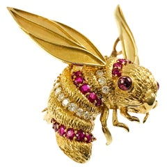 Van Cleef & Arpels Diamond Ruby Bee Brooch