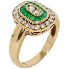 Ladies Diamond Ring, 18 Karat Gold with Emeralds
