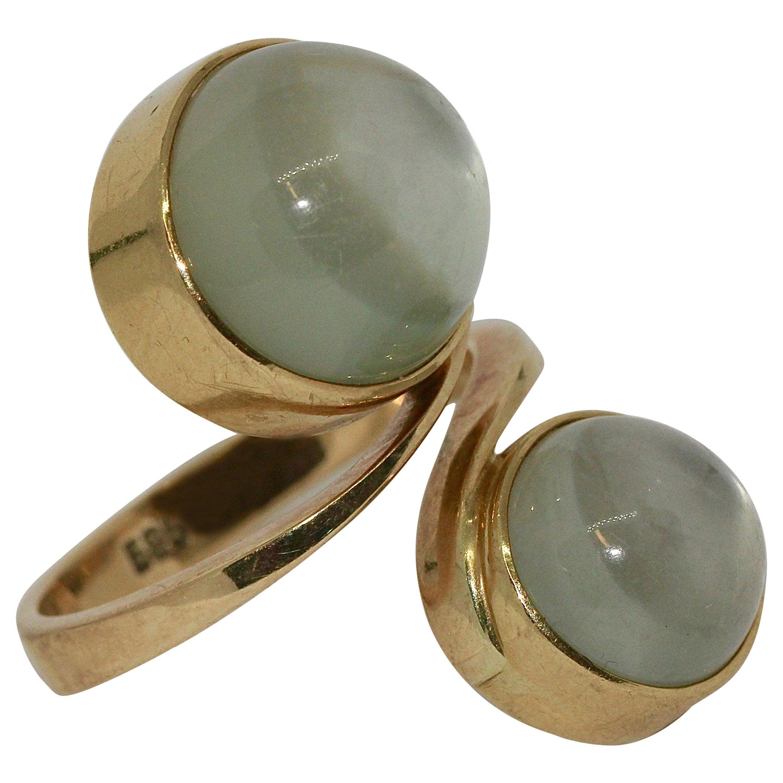 Ladies Ring 14 Karat Gold with Moonstones