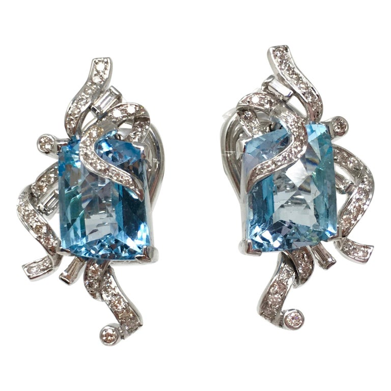 7ec631aaa White Round Brilliant Diamond And Blue Topaz Earring Studs In 18K White Gold  For Sale