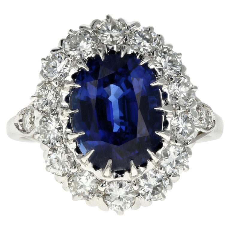 Platinum Royal Blue Madagascar Sapphire and Diamond Ring GIA Certified For Sale