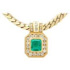 1.50 Carat Colombian Emerald 1.38 Carat Diamond Yellow Gold Necklace