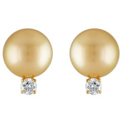 South Sea Golden Round Pearl and Diamond 18 Karat Yellow Gold Stud Earrings