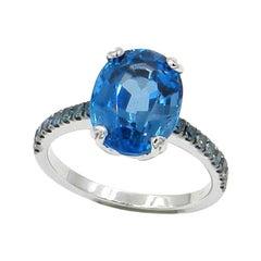 18 Karat White Gold London Blue Topaz and Blue Diamonds Garavelli Ring
