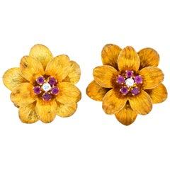 Retro Tiffany & Co. Italy 0.50 Carat Ruby Diamond 18 Karat Gold Flower Earrings