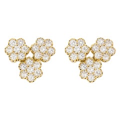 Jona White Diamond Flower 18 Karat White Gold Stud Earrings