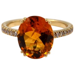 18 Karat Yellow Gold Oval Madera Citrine and Brown Diamonds Garavelli Ring