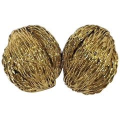 Van Cleef & Arpels Gold Clip On Earrings