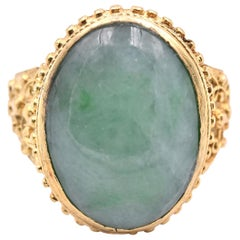 18 Karat Yellow Gold Vintage Jade Ring