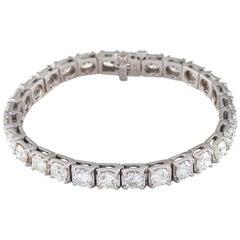 13.48 Carat White Gold Round Brilliant Tennis Bracelet