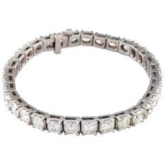 13.98 Carat White Gold Round Brilliant Diamond Tennis Bracelet
