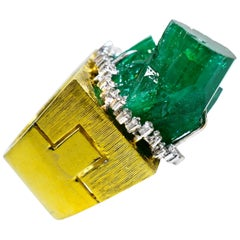 Gold, Emerald and Diamond Modernistic Ring, circa 1970