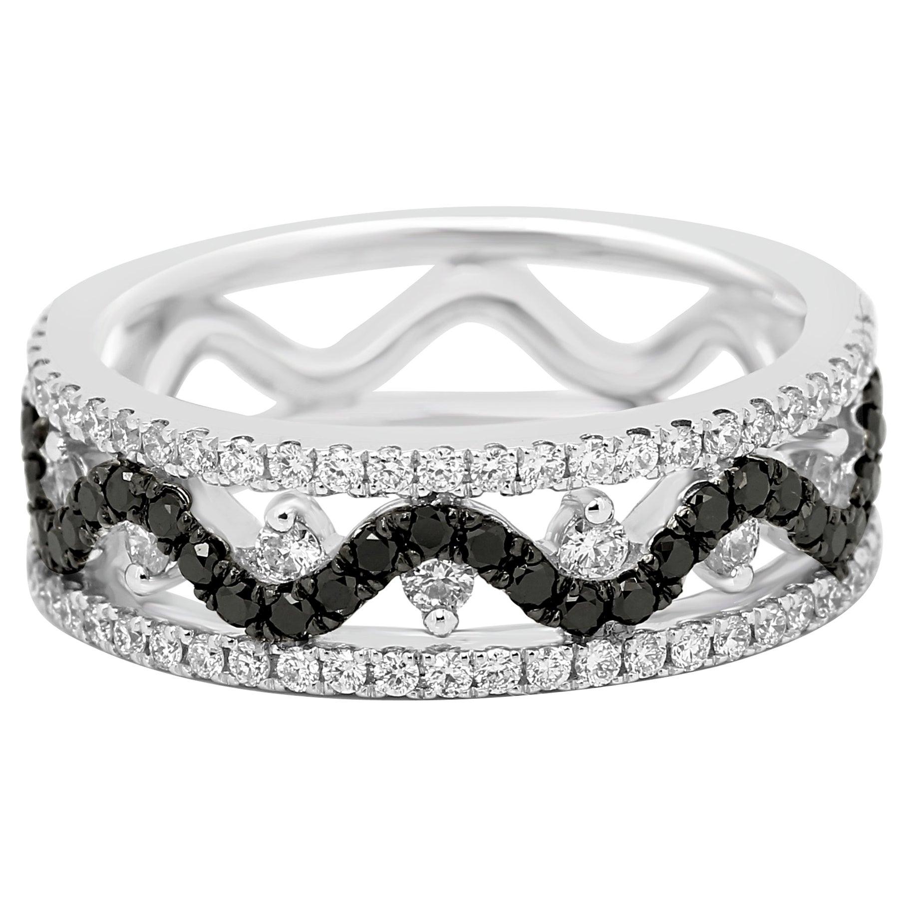 Black Diamond White Diamond Three-Row Gold Fashion Cocktail Band Ring