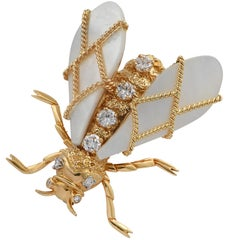Chaumet Bee Diamond and Mother of Pearl Brooch Pin