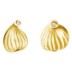 18 Karat Yellow Gold Contemporary Earrings with Diamonds, Feat. in Vogue