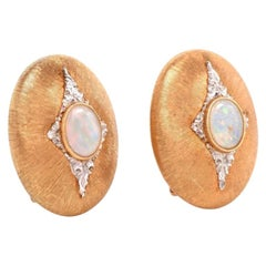 1980s Buccellati Vintage Opal Diamond 18 Karat Yellow Gold Oval Clip On Earrings