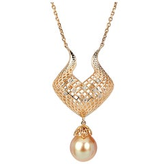Yemyungji Natural Gold Pearl 3.23g Diamond 18K Gold  Drop Pendant Necklace